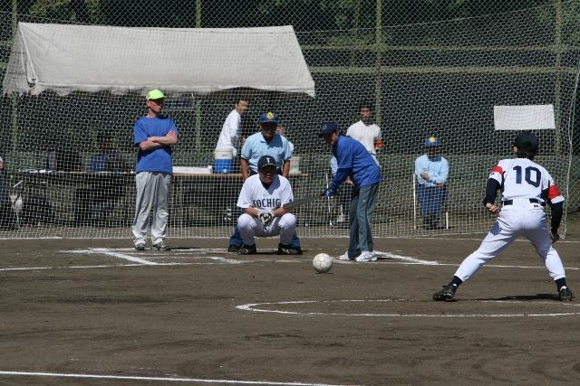 栃木県障害者スポーツ協会|グランドソフトボール
